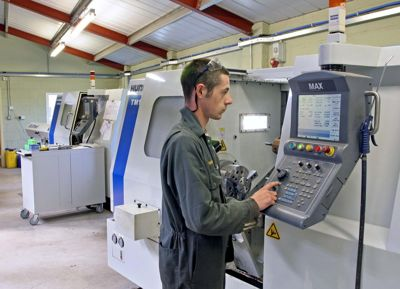 Hurco Turning Center
