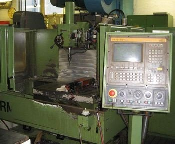 Hermle UWF 851 CNC Mill with SINUMERIK 810 CNC Control