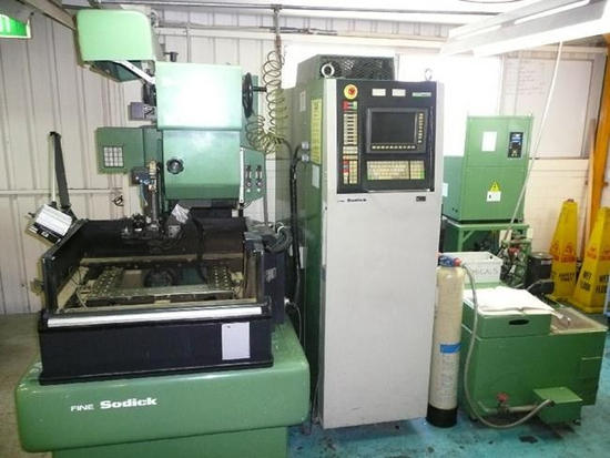 Sodick CNC Wire Cutting EDM Machine Control MARK 25